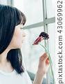 花生活女性肖像 43069962