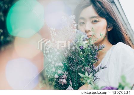 花生活女性肖像 43070134