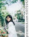 꽃이있는 생활 여성 인물 43070142
