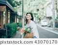 꽃이있는 생활 여성 인물 43070170