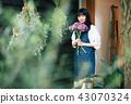 花店的一名妇女 43070324