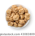 Top view of soya chunks in bowl 43083809