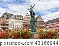 Frankfurt old town 43166944