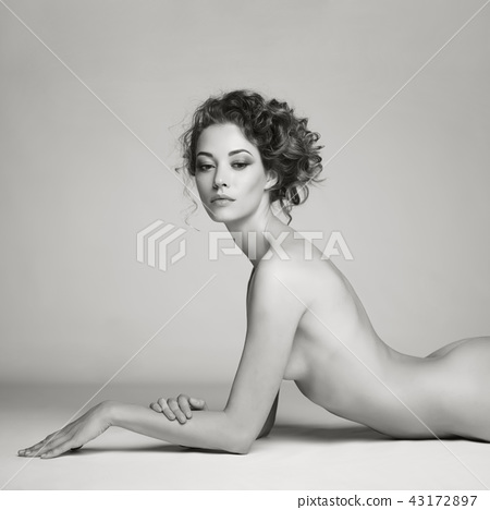 Nude woman with elegant hairstyle 43172897