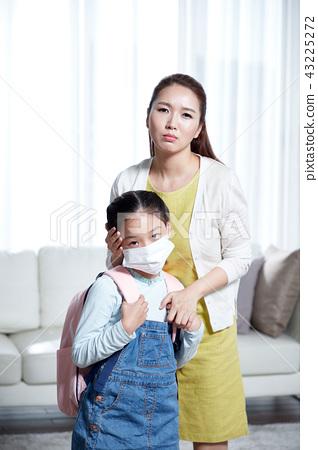 엄마와 딸 건강걱정 43225272