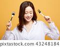 成熟的女人 一個年輕成年女性 女生 43248184