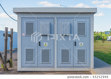 Electric transformer substation 43252949