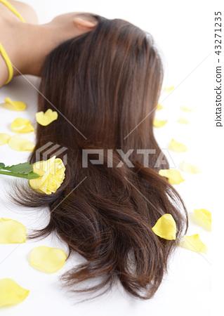 아름다운 여성의 머리 43271235