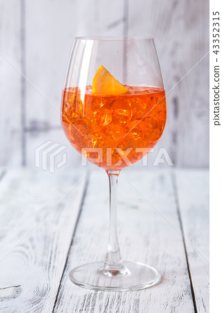 Glass of Aperol Spritz cocktail 43352315