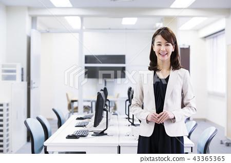 Business Woman Office Business Woman Office Casual 43365365