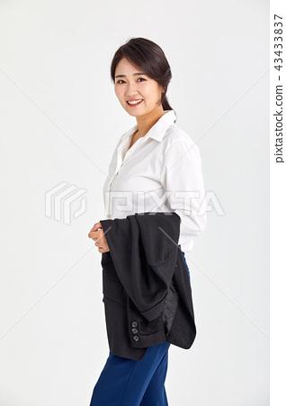 일하는 20대,30대 비즈니스우먼,일,직업,자신감,직장인 43433837