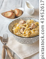 Bowl Alfredo pasta with mushrooms 43452617