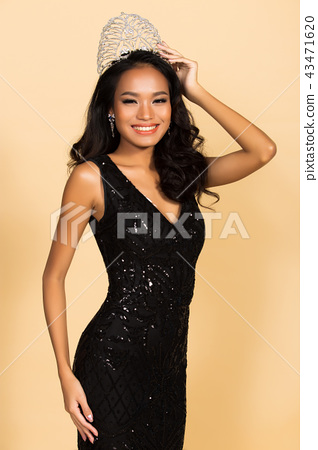 Miss Beauty Pageant Queen Contest in Asian Gown 43471620