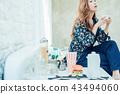 生活方式女人喝咖啡 43494060