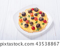 Omelette with mushroom , tomato and parsley 43538867
