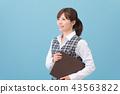 사무 옷을 입은 여성 43563822