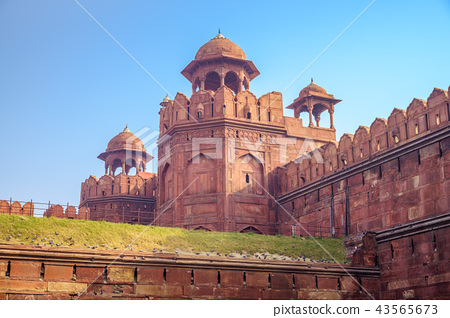red fort (Lal Qila) in old delhi, india 43565673