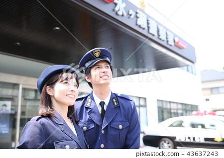 一名警察 43637243