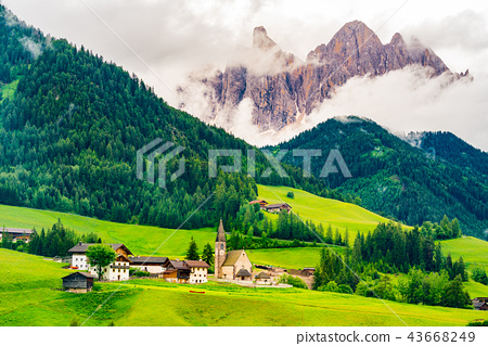 View of Church of St. Magdalena in in Val di Funes 43668249