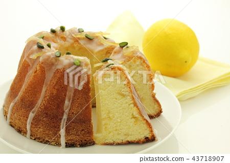 Kugloff cake 43718907