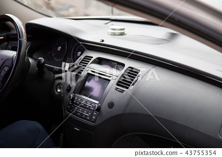 Passenger car driver's seat 43755354