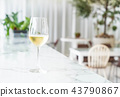a glass of sparking wine 43790867