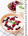 yogurt with mixed berries 43790873