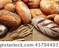 heap of bread 43794403