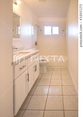 Long narrow bathroom 43805155