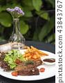 猪肉 牛排 沙拉 43843767