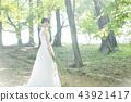 穿著婚禮禮服的新娘 43921417
