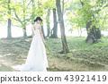 穿著婚禮禮服的新娘 43921419