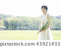 穿着婚礼礼服的新娘 43921433