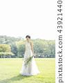 穿著婚禮禮服的新娘 43921440