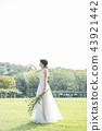 穿著婚禮禮服的新娘 43921442