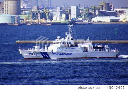 Patrol Vessel PS-13 Tsukuba Coast Guard / Yokohama Port (Naka Ward, Yokohama City, Kanagawa Prefecture) 43942491