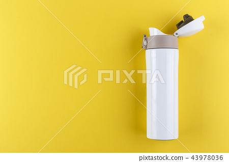 road thermos with an open lid 43978036