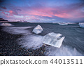 Beautiful sunset over famous Diamond beach, Iceland. 44013511