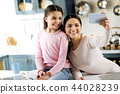 mother, girl, woman 44028239