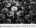 Black and white picture of aluminium can 44033263