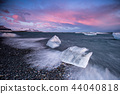 Beautiful sunset over famous Diamond beach, Iceland. 44040818