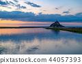 มุมมองพระอาทิตย์ตกของ Mont Saint Michel 44057393