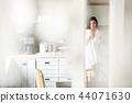 成熟的女人 一個年輕成年女性 女生 44071630