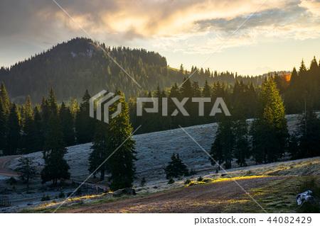 majestic sunrise in mountainous countryside 44082429