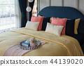 modern bedroom style 44139020