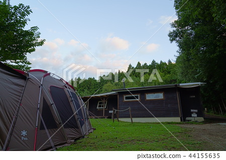 밤의 나무 캠프장 01 44155635