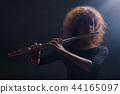 Flautist 44165097