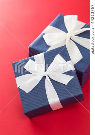 선물 44213767