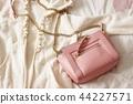 Women's fashion 44227571