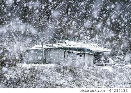 눈 내리는 시골풍경.3 44235158